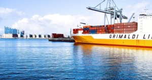 shipping-containers-1150062_960_720-940x629-620x330-300x159